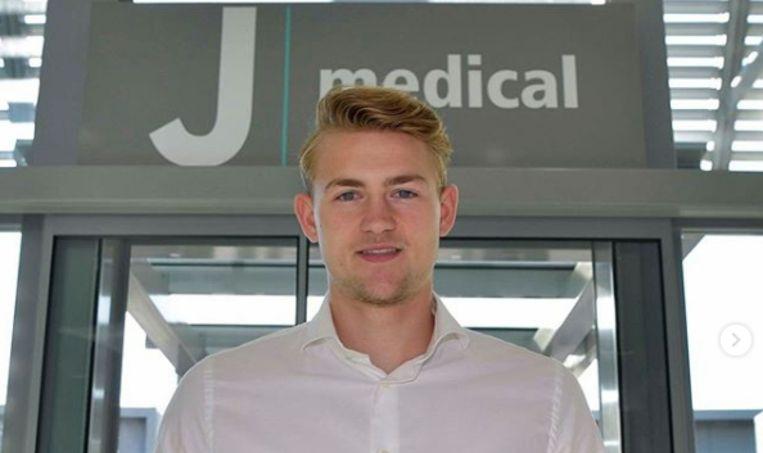 Matthijs de Ligt ondergaat woensdagochtend een medische keuring bij zijn nieuwe club Juventus. Beeld Instagram Juventus