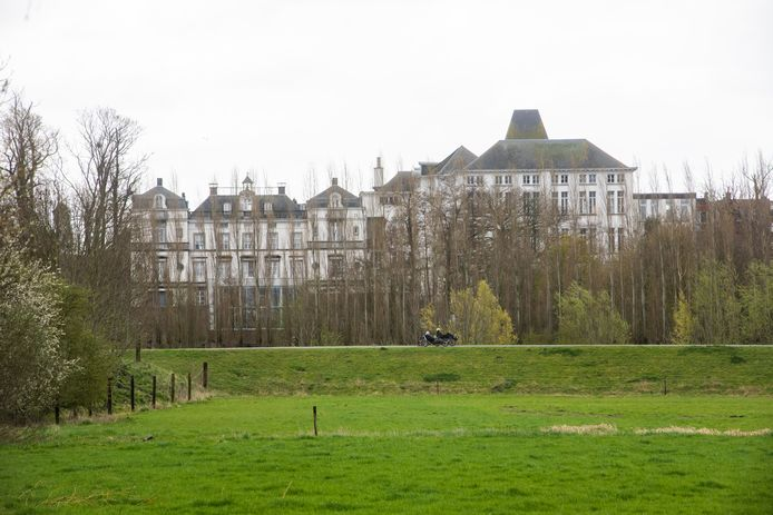 Kasteel Villain XIIII in Wetteren