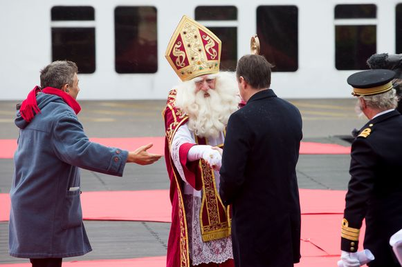Sinterklaas vorig jaar bij zijn intrede en verwelkoming door burgemeester Bart De Wever.