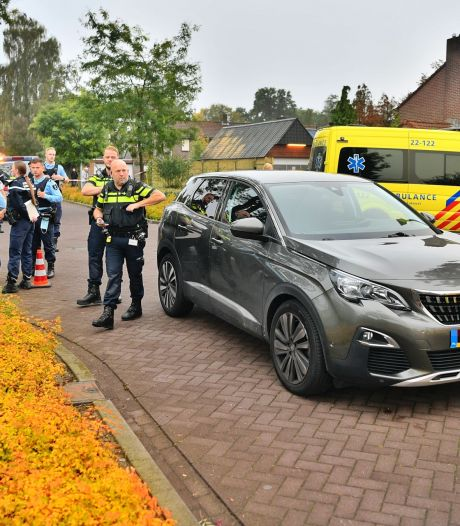 Jonge fietser (12) zwaargewond na botsing met auto in Valkenswaard