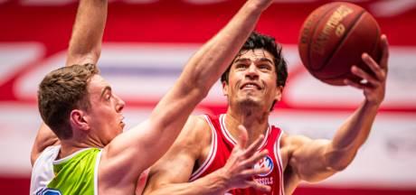 Heroes Den Bosch bezorgt ZZ Leiden eerste seizoensnederlaag in zinderende basketbalthriller