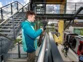 Metrospotter Jomir geniet met volle teugen van de Hoekse Lijn: 'Die eerste metro gaf me kriebels'
