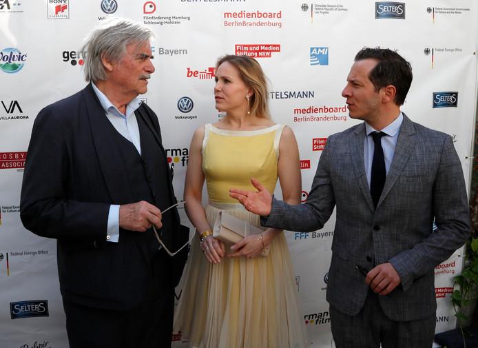 Trystan Putter (R) , Hadewych Minis (C) en Peter Simonischek (L) uit de film Toni Erdmann.
