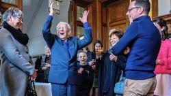 Trouwste HLN-lezer Gaspard (100) ontvangen op kasteel Blauwendael