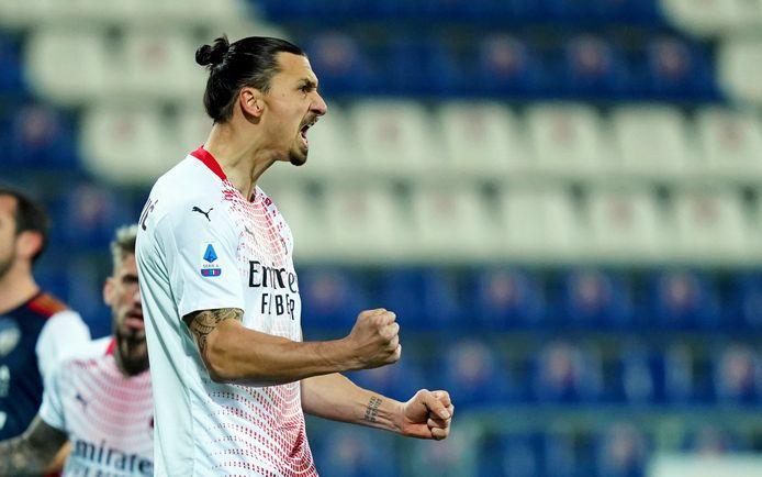 Ibrahimovic s'est offert un nouveau doublé face à Cagliari.