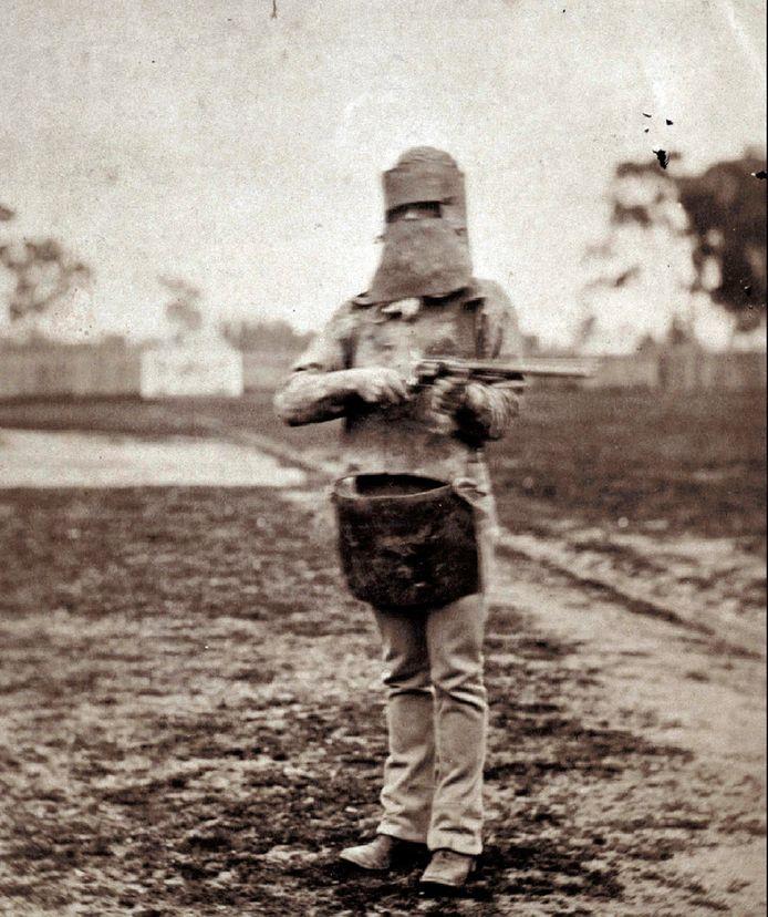 Cette photo montre Ned Kelly à Melbourne. Elle n'est pas datée. Les restes de l'un des criminels les plus célèbres d'Australie ont été rendus à sa famille le 2 août 2012, 132 ans après son exécution.