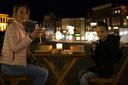 Kristel gaat letterlijk 'uit eten' met zoon in centrum van Den Bosch.