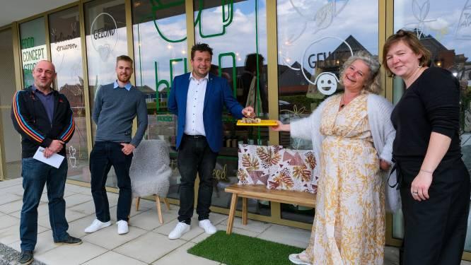 """Elke en Lore openen hELLO Food Concept Store onderaan nieuw serviceflatcomplex: """"Hier had Steenokkerzeel nood aan"""""""