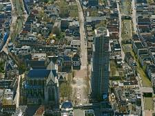 Domkerk houdt stiltedemonstratie op Domplein voor vluchtelingen