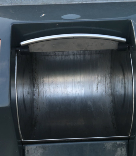 De telefoon bij Avri staat roodgloeiend over nieuw afvalsysteem
