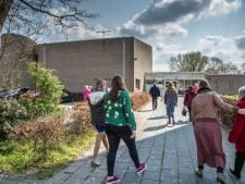 Lezers over vrouwelijke predikanten bij Zwolse kerk:  'Geweldig, als er 1 schaap over de dam is'