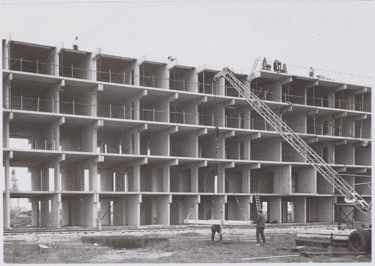De bouw van de Bijlmermeer, gedoopt tot 'stad van de toekomst', ca. 1968. Beeld Stadsarchief Amsterdam