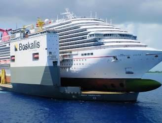 Kijk hoe gigantische boot cruiseschip optilt