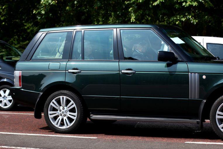 Koningin Elizabeth II arriveert bij Buckingham Palace Beeld getty