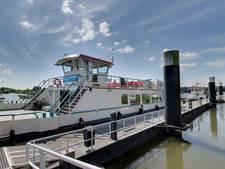 Zaltbommel mist de boot: deze zomer toch nog geen veer naar Loevestein