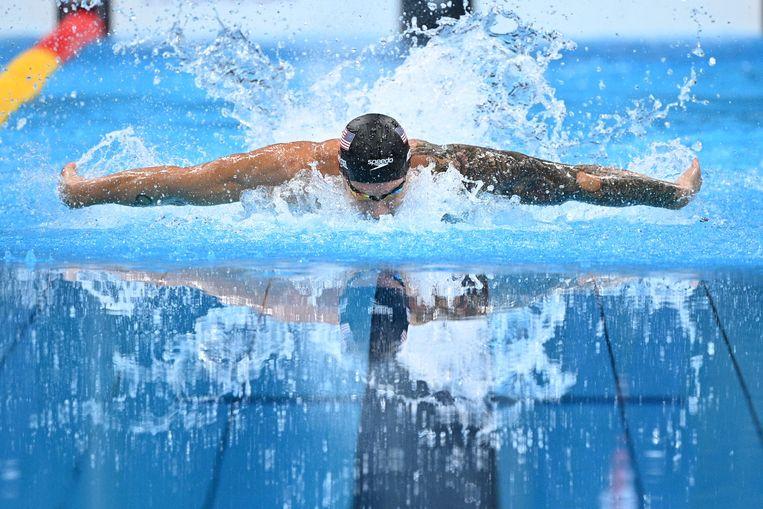 Met vijf gouden medailles hielp Caeleb Dressel de VS naar de eerste plaats in de medaillestand. Beeld AFP
