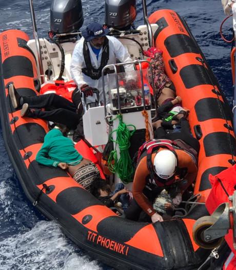 31 vluchtelingen, veelal peuters, verdronken op Middellandse Zee