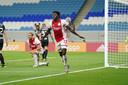 Lassina Traoré na het tweede doelpunt van Ajax.