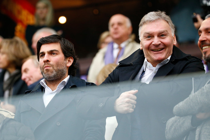 Le directeur général, Mehdi Bayat, et le président du Sporting Charleroi, Fabien Debecq, peuvent avoir le sourire.