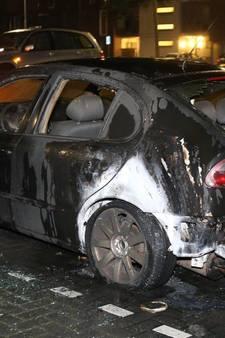 Opnieuw auto in vlammen op in Maaspoort Den Bosch
