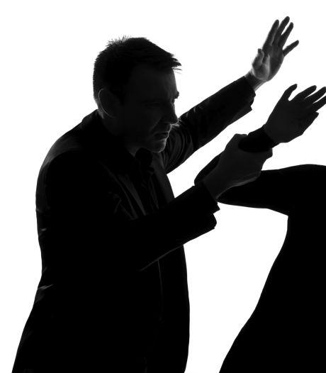 Ossenaar mishandelde vriendin en ex-vriendin