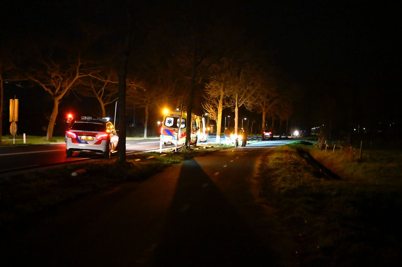 In Aadorp zijn een voetganger en bromfietser op elkaar gebotst.