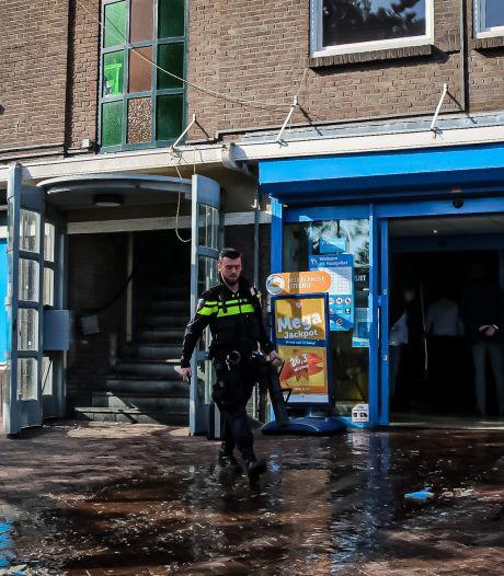 Lekkende kraan zorgt voor waterschade: supermarkt gesloten