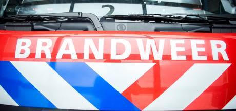 Brand Eska in Sappemeer wordt met groot materieel bestreden, maar rookontwikkeling is het vervelendst