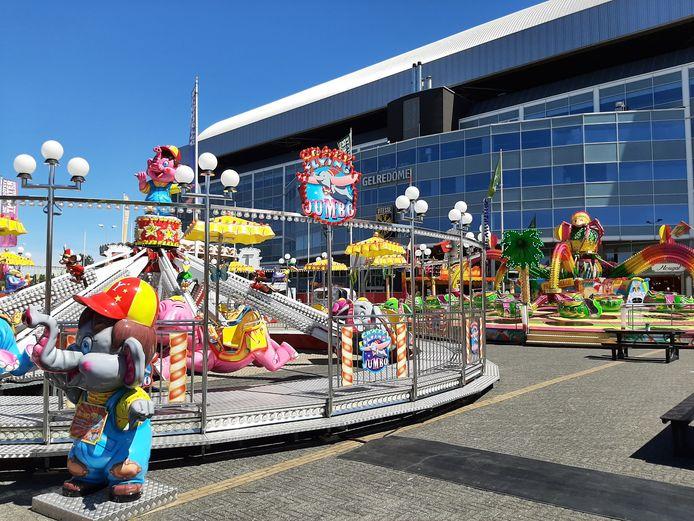 De Mega Zomerkermis in Arnhem ging vrijdagmiddag open voor publiek.