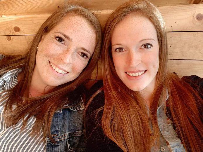 De zussen Ellen en Mandy moeten elkaar al maanden missen.