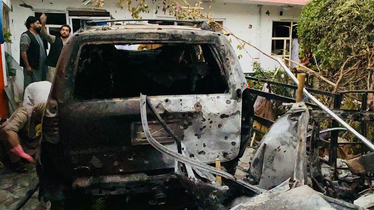 De auto waarin de IS-K-terroristen gezeten zouden hebben. Beeld EPA