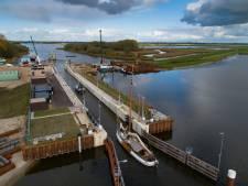 Reevesluis tussen Dronten en Kampen klaar voor gebruik, wel eerst even bellen