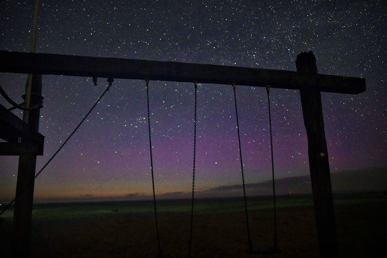 Noorderlicht gezien vanaf het strand van Terschelling. Het licht is in sommige jaren veel sterker is dan in andere. Beeld Sytse Schoustra