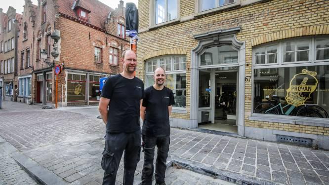 """""""Ja, we hebben getwijfeld of we na 118 jaar in de Smedenstraat zouden blijven"""": fietsenzaak Provan blijft Brugse poortstraat trouw, maar verhuist tijdelijk naar overkant"""