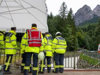 Vloedgolf sleurt brug en mensen mee in kloof nabij Zugspitze in Beieren: acht personen gered, nog zoekactie naar vermisten