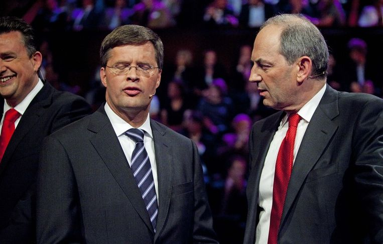 Jan Peter Balkenende en PvdA-lijsttrekker Job Cohen tijdens het RTL verkiezingsdebat in Carré. © anp Beeld