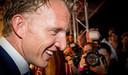 Oud-voetballer Dirk Kuyt op de loper bij de Utrechtse Stadsschouwburg voor aanvang van de première van KUYT.