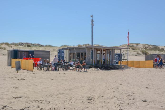 Paviljoen Zeecafé bij Oostkapelle mag meer tafels en stoelen plaatsen