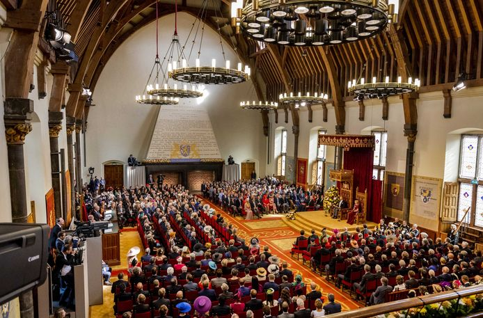 De Eerste Kamer en de Tweede  Kamer, hier bijeen tijdens de troonrede in 2019, zou de agenda moeten bepalen die de regering moet uitvoeren. Foto ANP