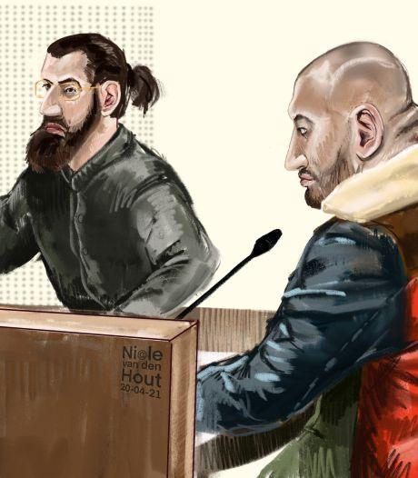 Broers M. op eerste dag proces Zwolse drugsoorlog: 'Iedereen liegt om ons in de cel te krijgen'