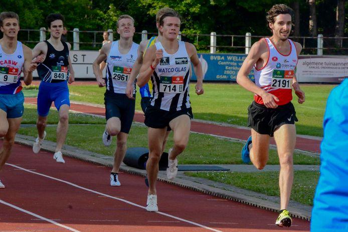 Tibaut Vandelannoote (nummer 714) richt deze zomer zijn pijlen op de 1500m en zal zich proberen te kwalificeren voor het EK U23.