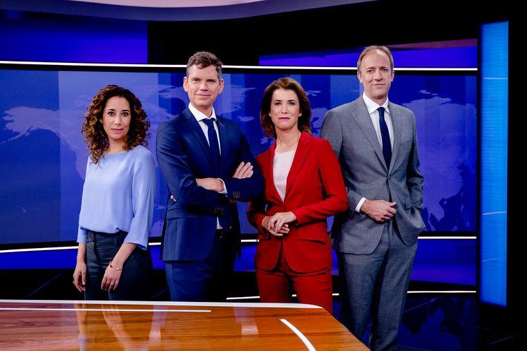 Presentatoren Jeroen Wollaars en Saïda Maggé draaien moeiteloos mee als nieuwkomers binnen het Nieuwsuur-team. Beeld ANP