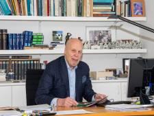 KNVB-boegbeeld Jan Smit (75) geniet nu van fusieperikelen in Ommen: 'Echte liefde voor het voetbal'
