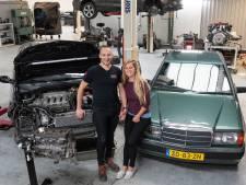 Joep en Melanie zijn gek op auto's, én op elkaar: 'We kopen ongeveer elk jaar een auto'
