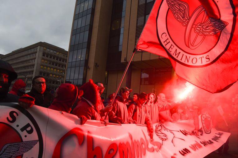 Leden van de vakbond CGSP Cheminots. Beeld Photo News
