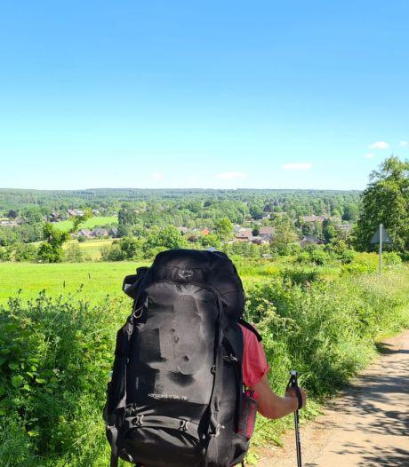 Luuk (30) wandelt vanuit Nijmegen naar Rome: 'Elke dag weer zin om kilometers te maken'