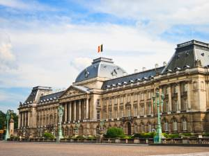De plus en plus de Belges demandent grâce au Roi
