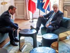 Boris Johnson a-t-il vraiment manqué de respect à la France en posant un pied sur la table?