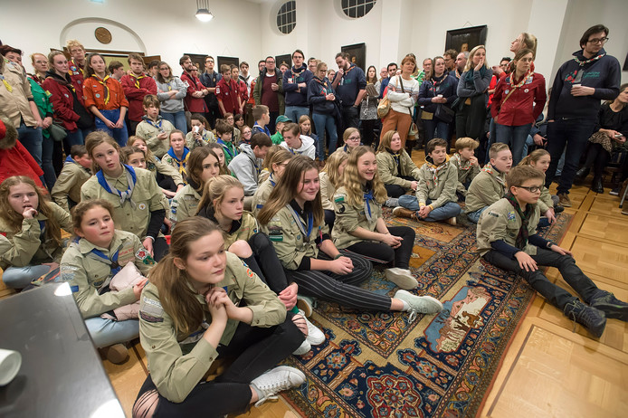 De scoutingclubs protesteerden vorige week in het stadhuis tegen stopzetten subsidie voor hun verenigingen.