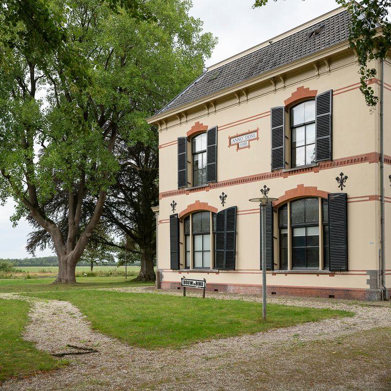 Een van de gebouwen in gevangenisdorp Veenhuizen. De Rijksvastgoeddienst heeft recent een aantal karakteristieke panden overgedragen aan een speciale stichting.  Beeld Harry Cock / de Volkskrant